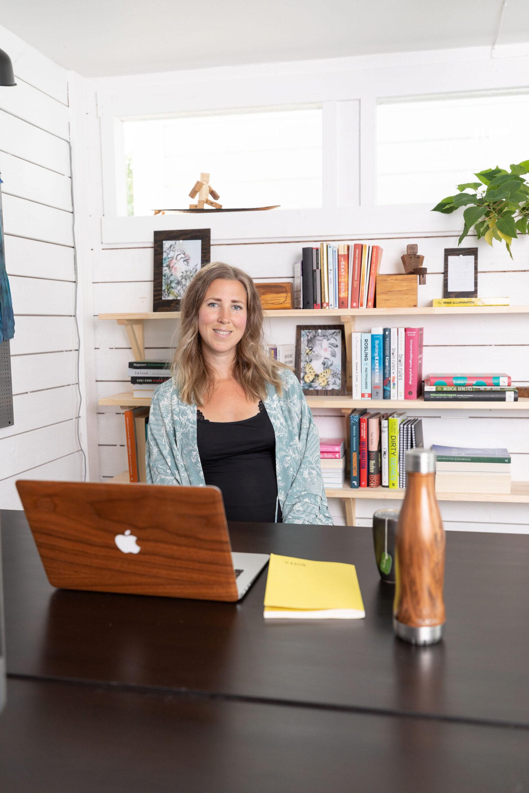 Maria Särén, grundlægger af Emanera og tilfreds bruger af Terapeut Booking